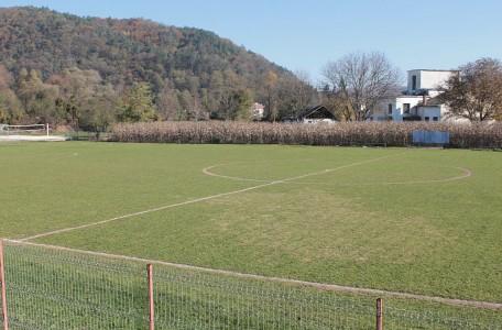 Ileanda-Terenul de fotbal-2